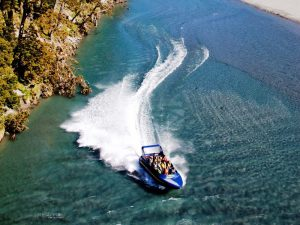 Jetboat-Tour durch den Mount Aspiring National Park bei Makaroa