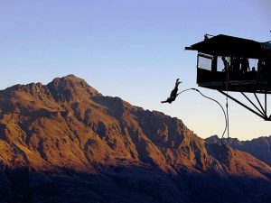 Bungee-Springen in Neuseeland - Neuseeland Gruppenreise