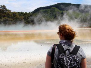 Schwefelseen im Wai-O-Tapu-Thermal-Wonderland auf der Nordinsel Neuseelands