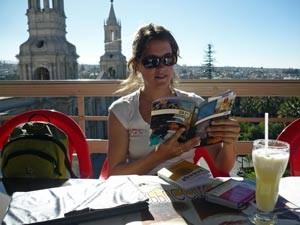 Im Reiseführer über die Peru Highlights lesen