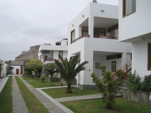 Außenansicht des Hotels in Huanchaco