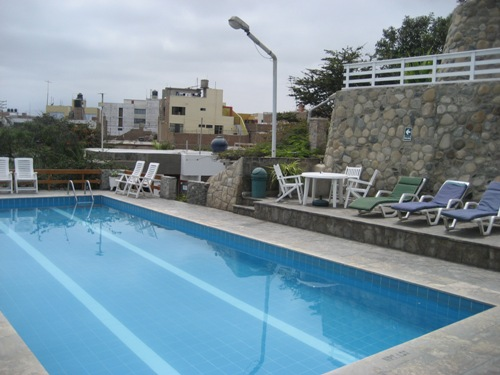 Hotelpool in Huanchaco