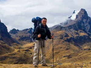 lares-trekking-tourist