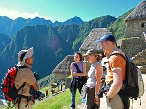 Führung am Machu Picchu