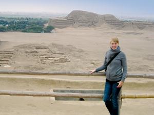 Pyramiden Trujillo Nordperu Touristen