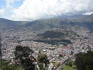 Blick auf Quito in Ecuador
