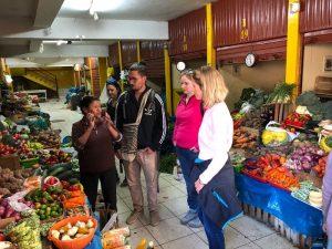 Erklärungen über einheimische Produkte in Peru
