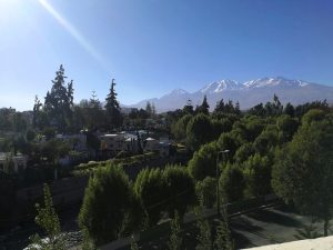 peru-mit-kindern-arequipa-vulkan-ausblick