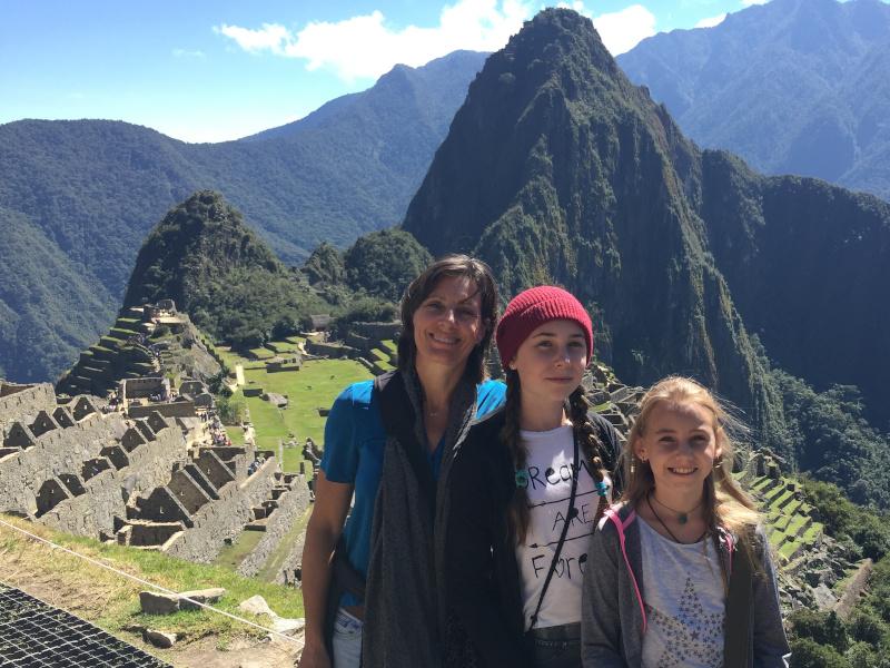Familie am Machu Picchu