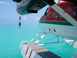 Per watervliegtuig naar de Malediven