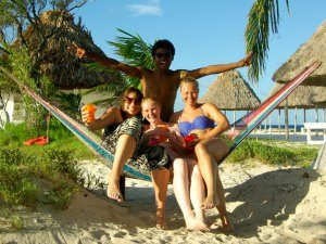 belize-raggacaye-fun