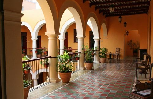 hotel campeche mexico