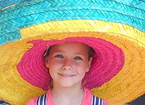 meisje onder sombrero mexico