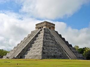chichen itza mayastad mexico