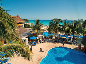 The Reef Resort met zwembad Mexico