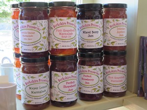 Produkte aus der Region wie Marmelade