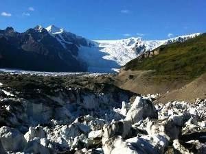 Berge und Felsen im Wrangell St. Elias