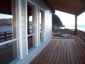Die Veranda der Lodge