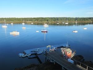 Idyllischer Hafen in Maine
