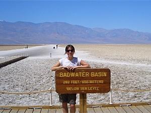 ausgetrockneter Salzsee im Death Valley