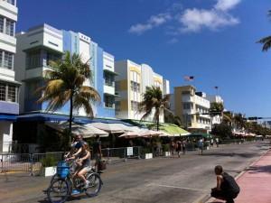 Häuserfront im Art Deco Stil in Miamii
