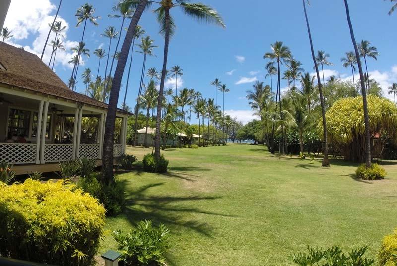 Die weitläufige Gartenanlage auf Kauai