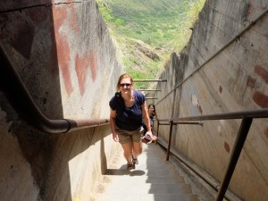 hawaii-oahu-honolulu-diamond-head-treppen