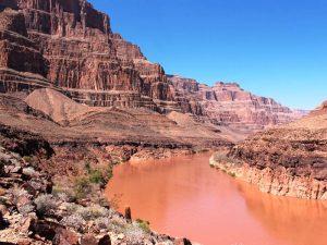 Der Colorado River schuf über Jahrmillionen den Grand Canyon