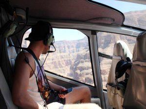 Helikopterflug über dem Grand Canyon