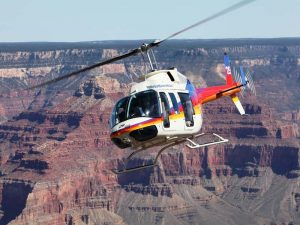 usa-grand-canyon-helikopter-kurve