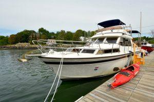 Maine - Hausboot auf dem Damariscotta River