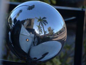 Autospiegel in Naples