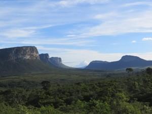 Bei einer Wanderungen den grünen Nationalpark entdecken