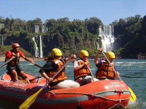 Brasilien Rundreise günstig Rafting-Tour