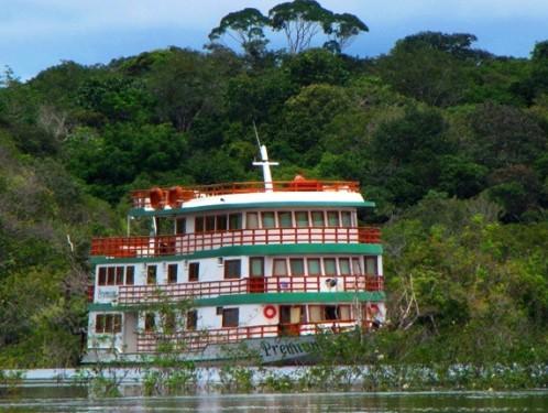amazonas-kreuzfahrt-brasilien-schiff-premiumboot