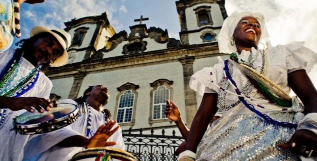 Tranzende Bahianerinnen in Salvador da Bahia