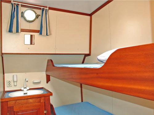 Etagenbett in einer Schiffskabine