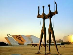 Bronze Skulptur in Brasilia