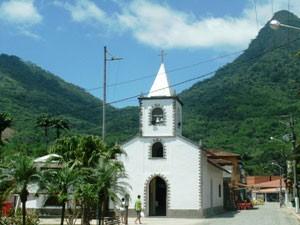 Weiße Kapelle auf der Ilha Grande