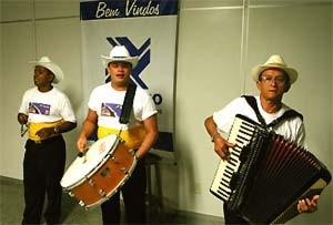 Musiker am Flughafen