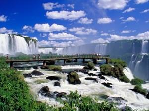 Wasserfälle von der Plattform