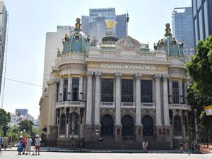 brasilien-ausfluege-rio-de-janeiro-opernhaus