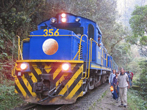 Inca trail train trekking