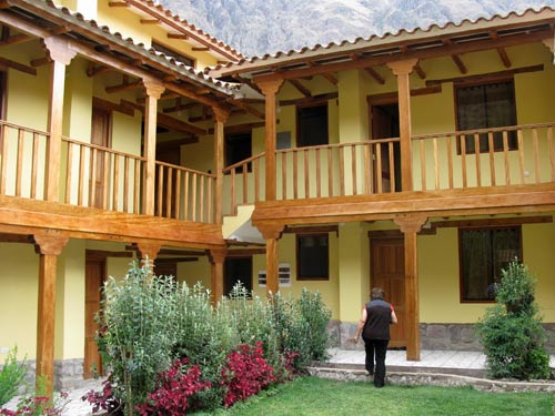 ollanta-comfort-hotel