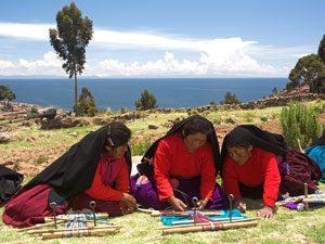 peru-reis-titicaca-locals-kl