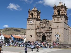 Kerk Puno - rondreizen Peru