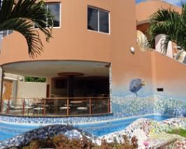 Zwembad hotel San Cristobal