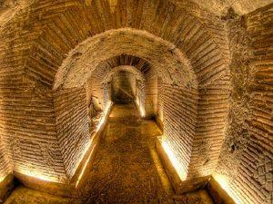 Neapel Urlaub Untergrund Tour Ausflug