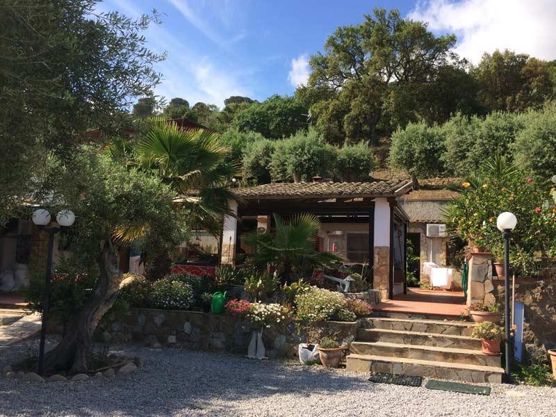 Italien Sizilien Cefalu Masseria Chalet Unterkunft