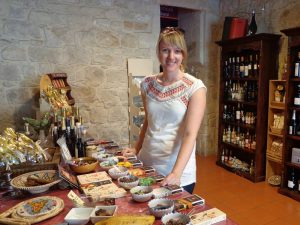 Schokoladenprobe Modica Ausflug Sizilien mit Kindern